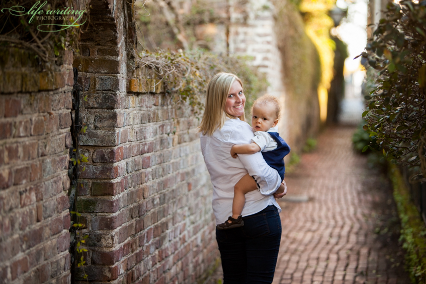 downtown charleston family photographer, downtown charleston family photos, downtown charleston family photography, charleston family photography, charleston family photographer, charleston family photographers, charleston family photos, charleston sc family photos, charleston sc family photographer, charleston sc family photographers