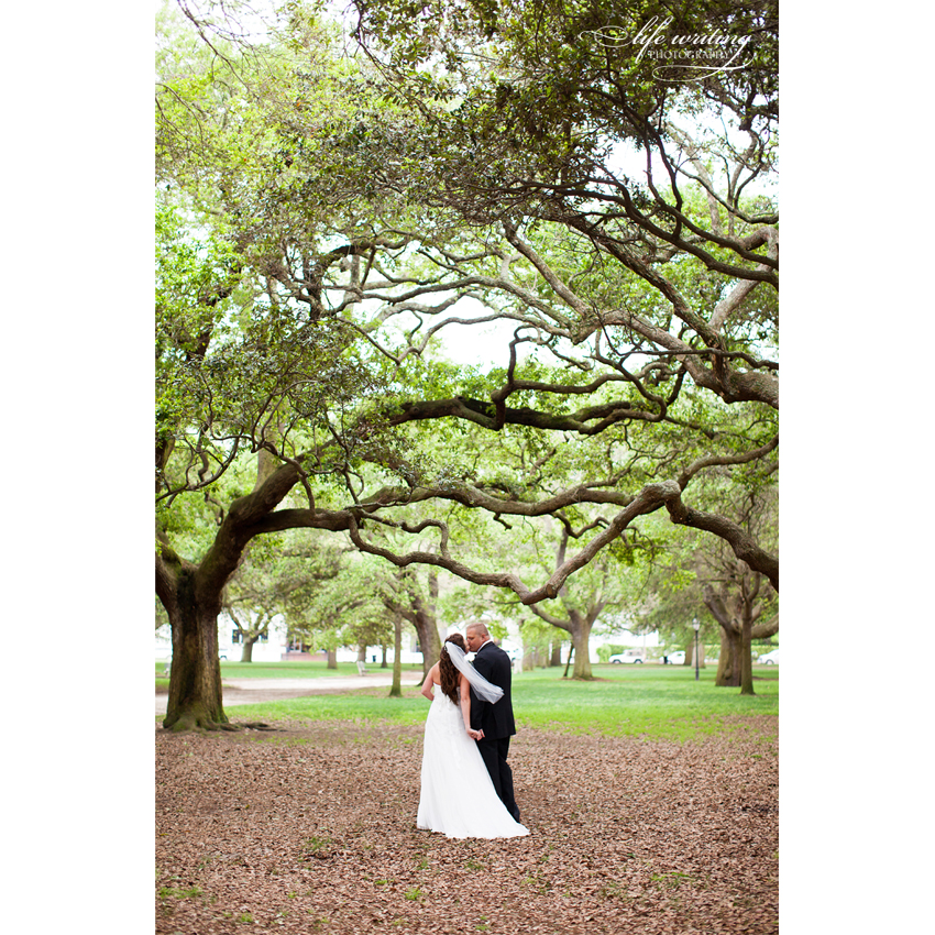 charleston wedding photographer, charleston wedding photographers, charleston wedding photography, charleston sc wedding photographer, charleston sc wedding photographers, charleston sc wedding photography, wedding photos the battery charleston sc, wedding photos the battery charleston,