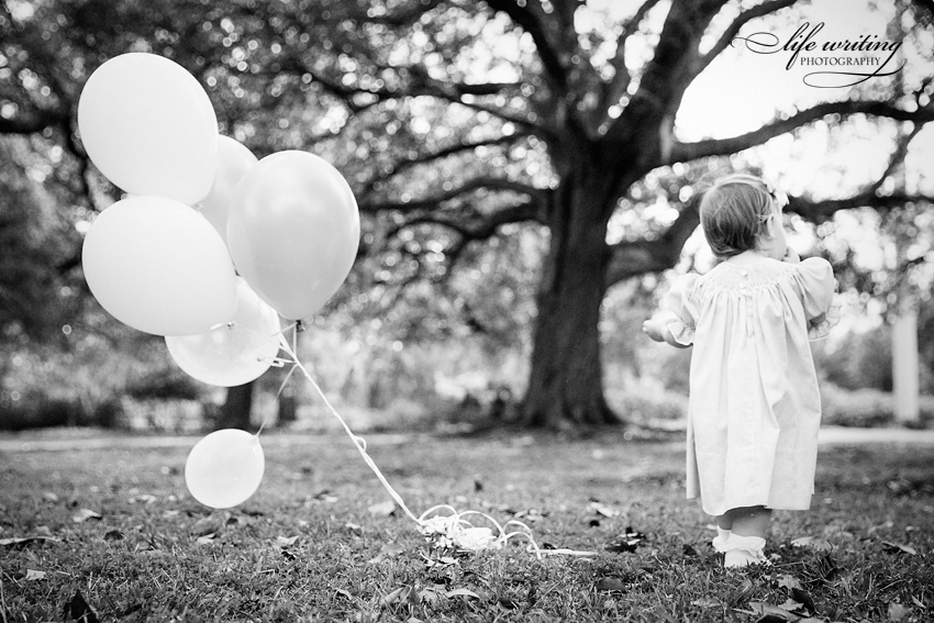 Hampton Park Photos, Hampton Park Family Photos, Hampton Park Family Photography, Hampton Park Family Photographer, Hampton Park Family Photographers, Charleston Family Photographer, Charleston Family Photographers, Charleston Family Photos, Family Photos in Hampton Park, Family Photos in Hampton Park Charleston, First Birthday Photos in Charleston, Charleston First Birthday Photographer